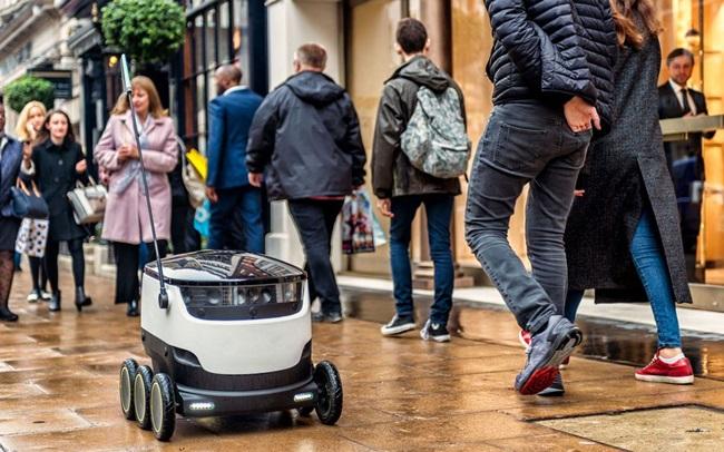 หุ่นยนต์ส่งอาหาร